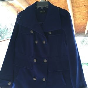 Apt 9 size XL royal blue coat! Gorgeous!